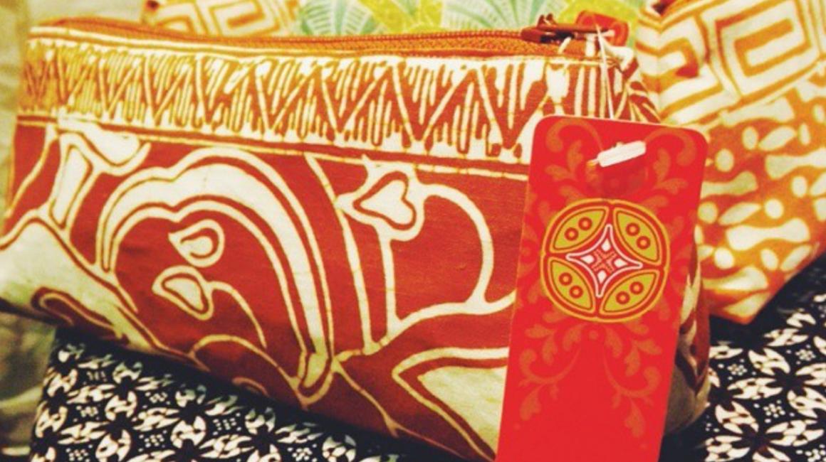 Desain Branding Logo Amaragita